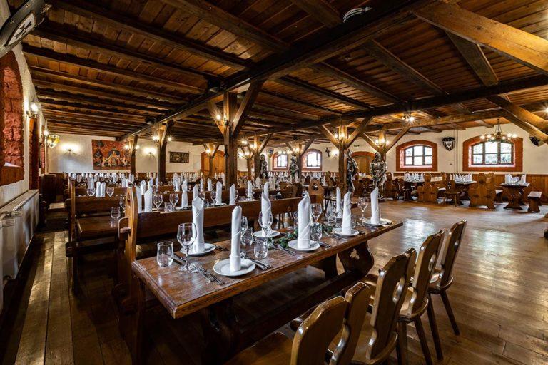 Schloss Kaltenberg Ritterschwemme Bankett Rittersaal